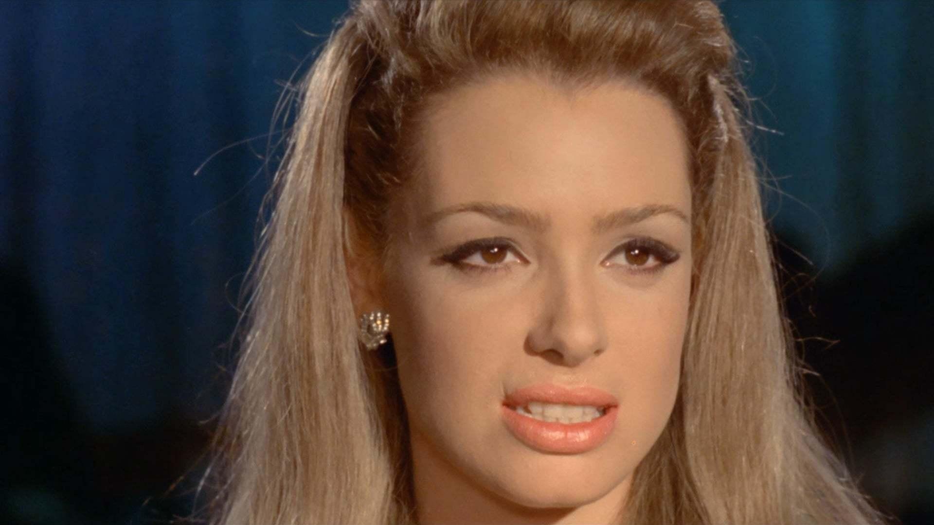 Кадры из фильма Пять золотых драконов Five Golden Dragons 1967