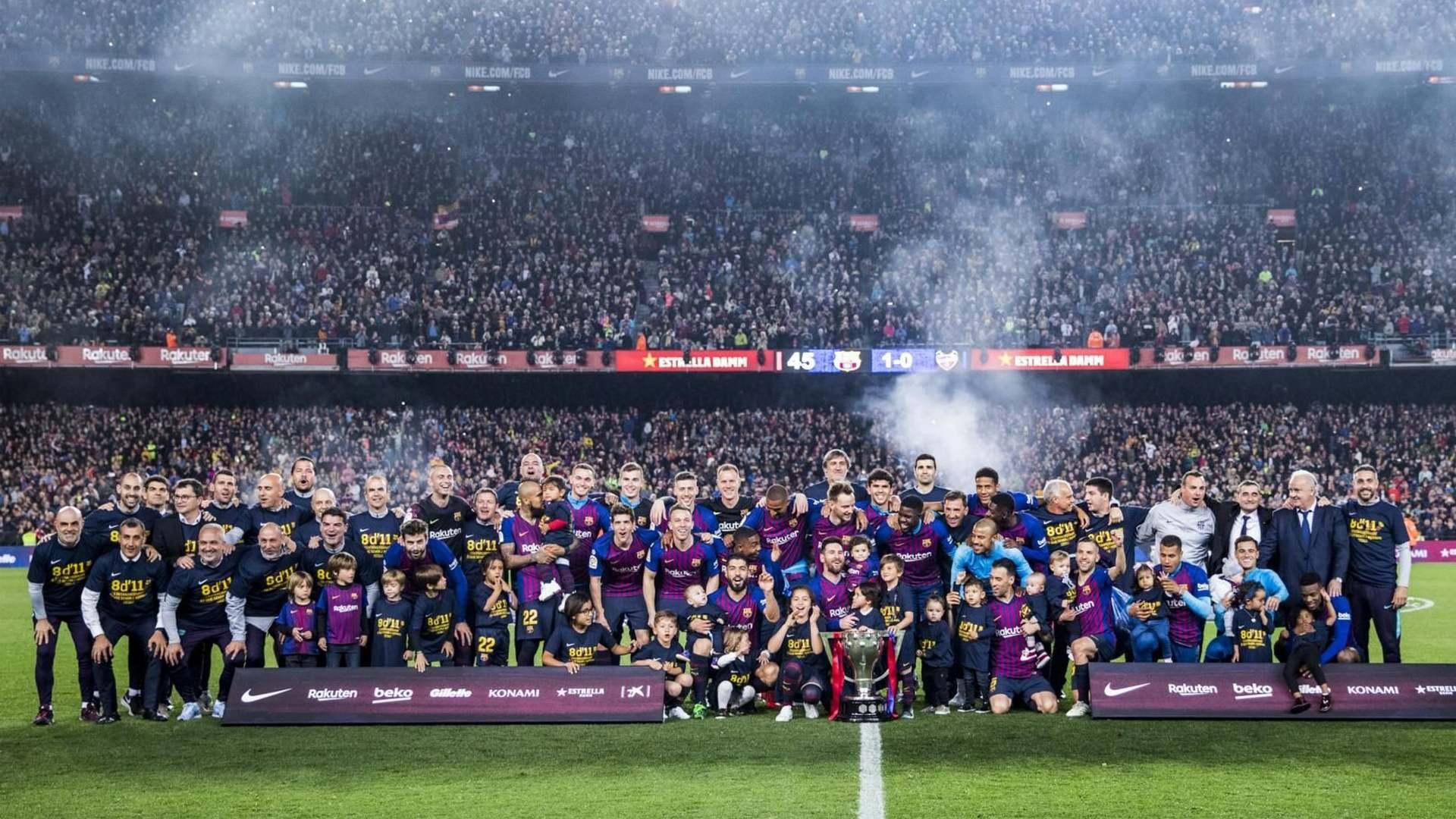 Кадры из фильма  Matchday: Inside FC Barcelona 2019